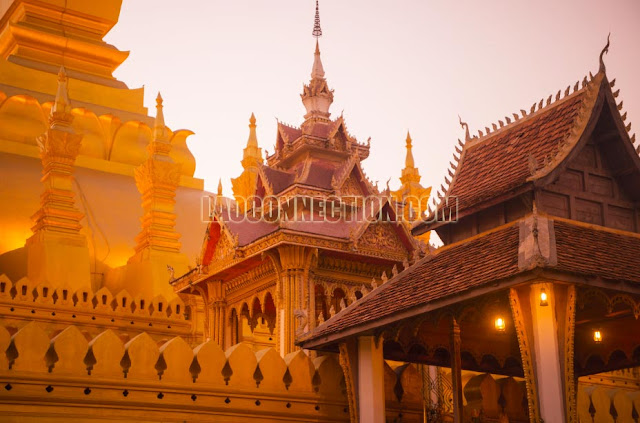 Tat Luang - Up Close during the day