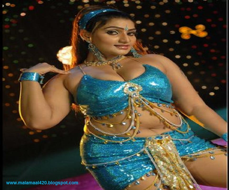 Babilona Hot Mallu Aunty In Blue Blouse & Navel Hot Images ...