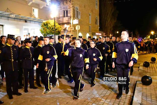 Λαμπαδηδρομία 90 Ευέλπιδων στο Ναύπλιο για τον Μαραθώνιο και τα 190 χρόνια της Σχολής Ευελπίδων (βίντεο)