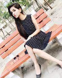 Dhinchak Pooja Family Husband Son Daughter Father Mother Age Height Biography Profile Wedding Photos