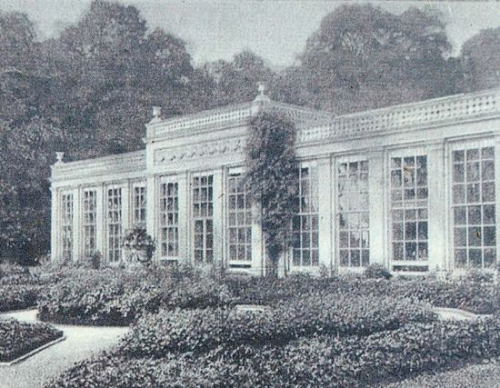 The Orangery in Panshanger Park in 1895 - photograph of a photograph displayed at the site Image by Hertfordshire Walker released under Creative Commons BY-NC-SA 4.0