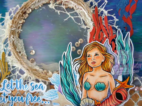 A mermaid dream under the Ocean