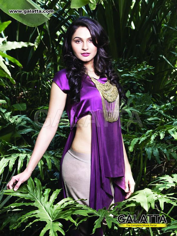 Andrea Jeremiah Hot Navel Show For Spicy Photo Gallery -6830
