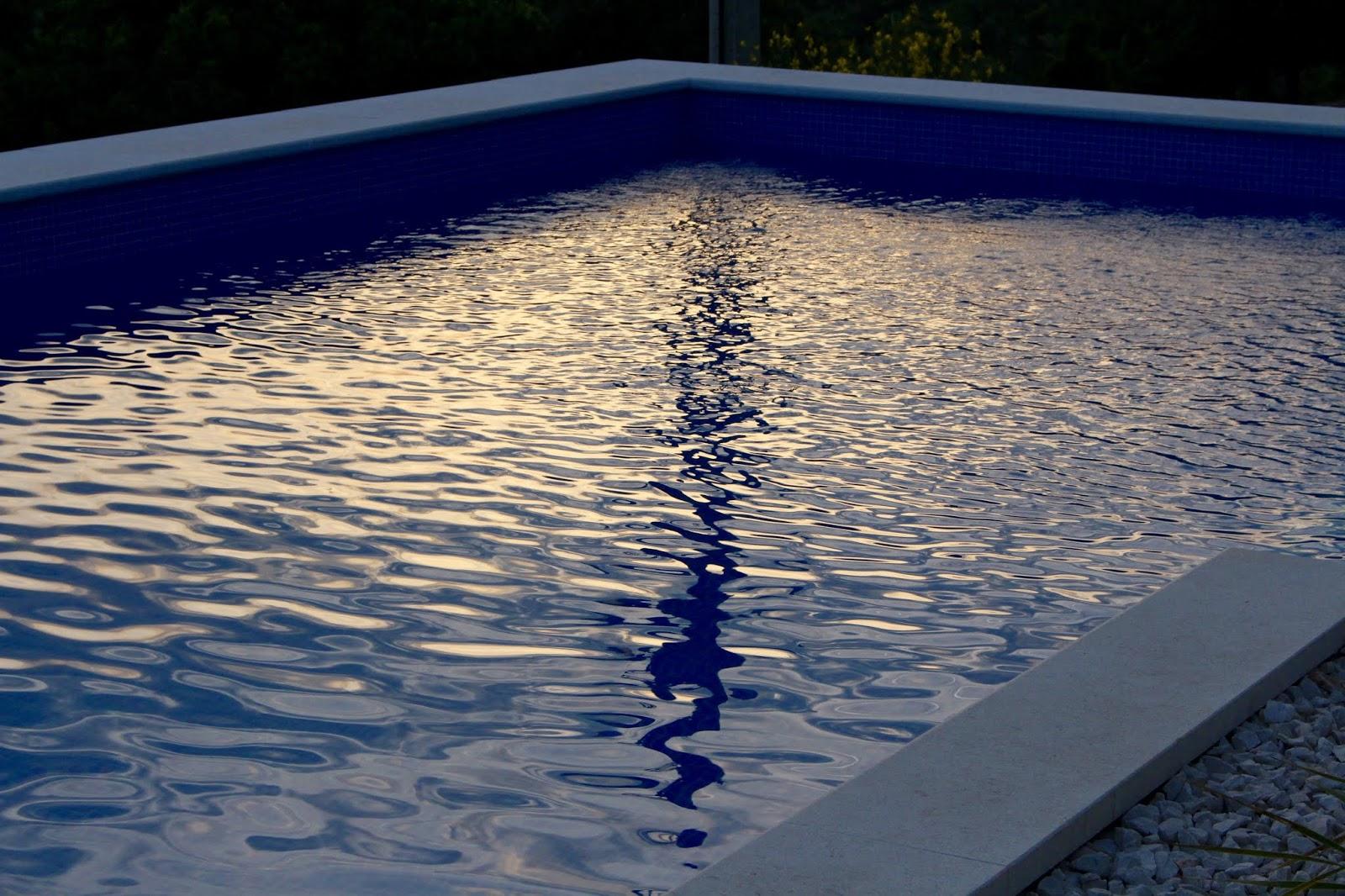 Dämmerlicht auf Wasser, Kroatien