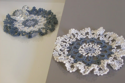 Mini tatting doilies - Mini centrini a chiacchierino