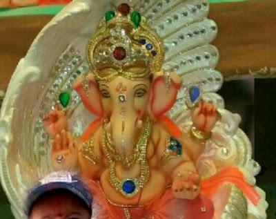 Selfie With Ganpati 2018 !