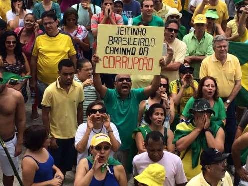 O 1º domingo de protestos da era Temer em fotos