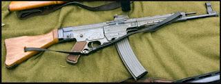 Fuzil Sturmgewehr 44 (StG44)