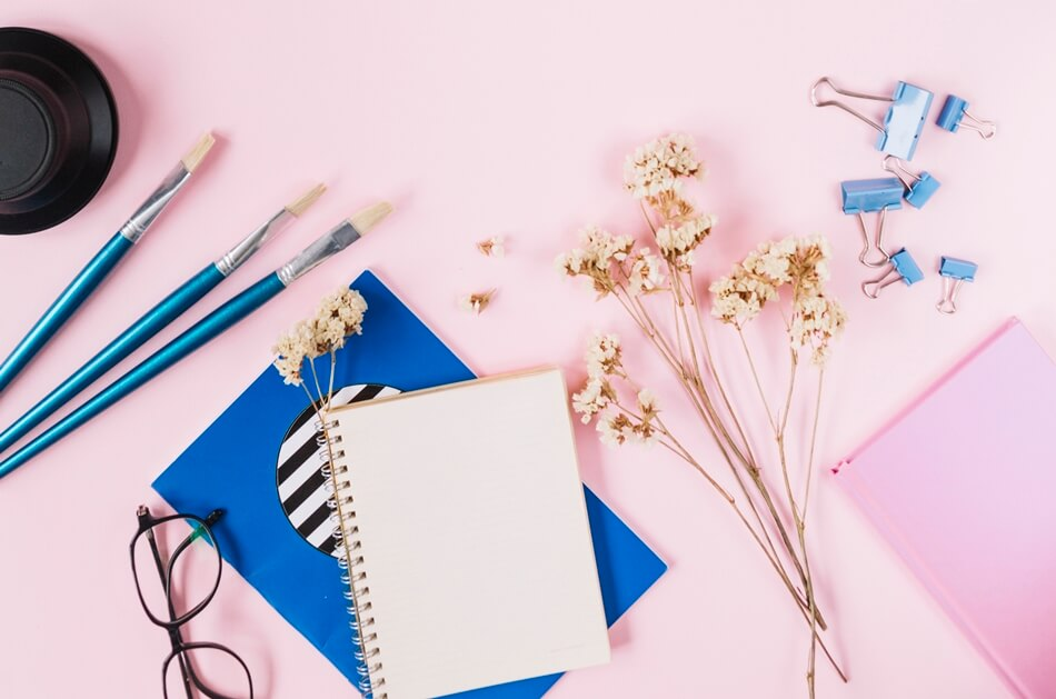 Criar cabeçalho que ocupe a largura total da página