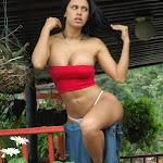 Andrea Rincon, Selena Spice Galeria 21 : Jean Azul y Top Rojo Foto 58