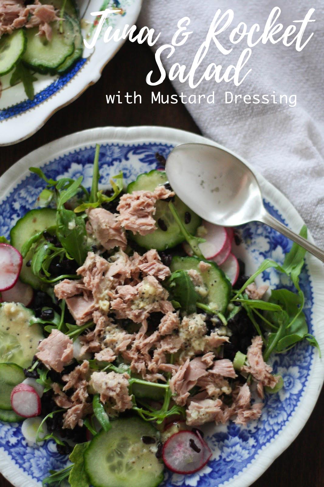 Tuna & rocket salad with mustard dressing