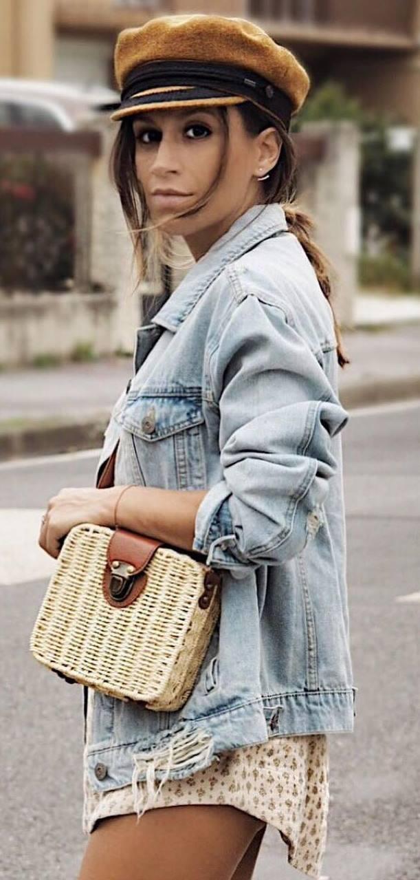 incredible fall outfit / hat + denim jacket + bag + shorts