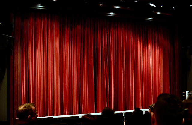 Film screen and curtain at Warner Brothers