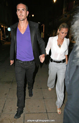 Kevin Pietersen and his wife Jessica Taylor picture