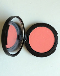 Louise Young Blusher in Mae
