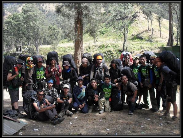 Pendakian Bersama Rinjani with Consina Tahun 2012, SD Negeri Medangasem III - Karawang
