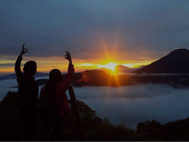 Sunrise Sikunir