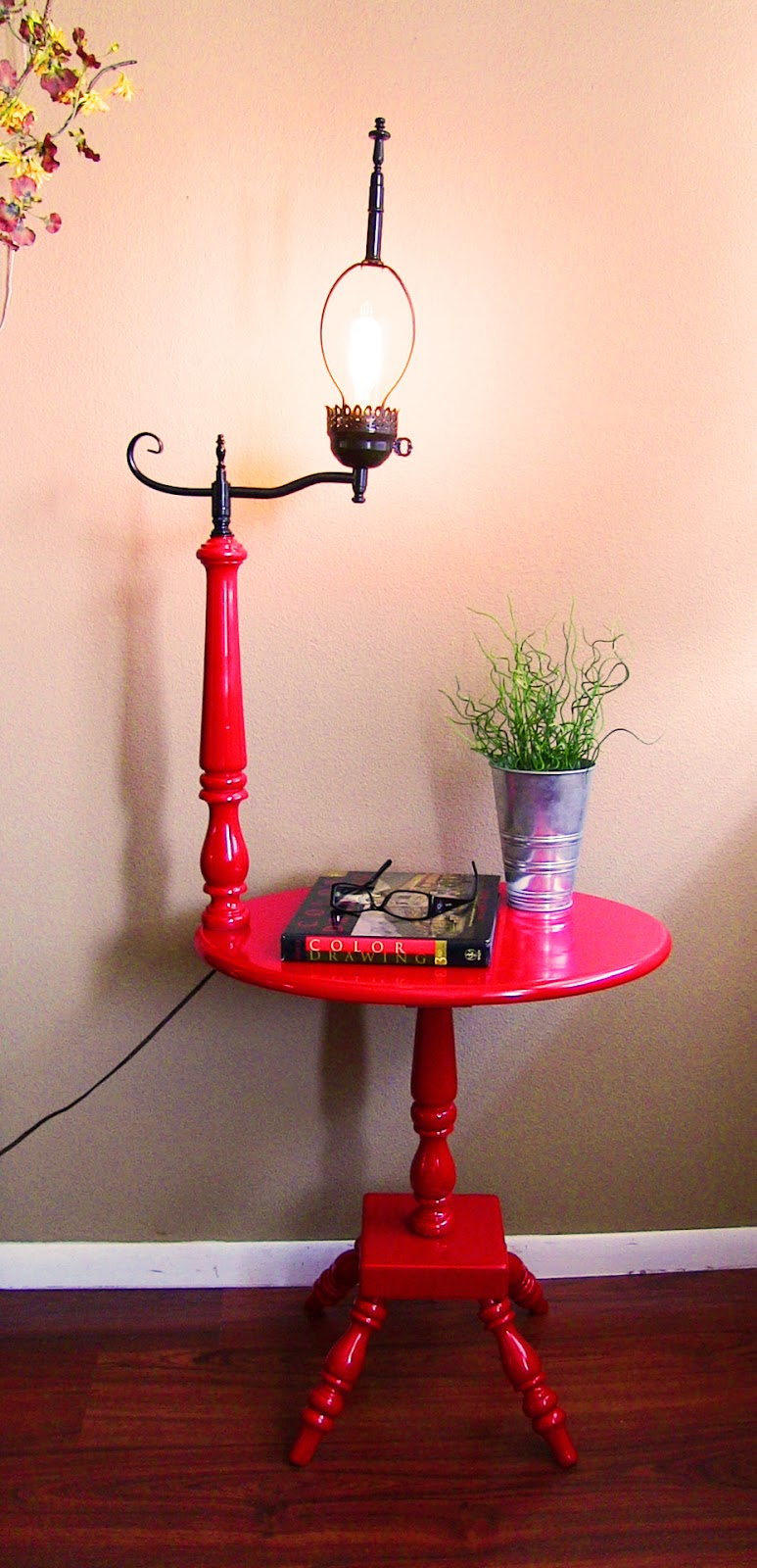 Apple Red And Black Vintage Side Table With Lamp Attached