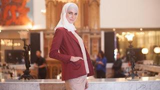 CARA TAMPIL CANTIK BERJILBAB SAAT KERJA Tips Kerja Memakai Hijab