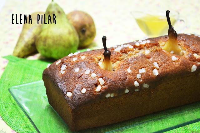 Loaf cake de peras al vino blanco y canela