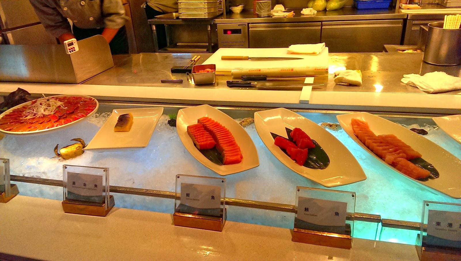 2015 07 01%2B19.15.20 - [食記] 台北京站 - 饗食天堂,有生魚片吃到飽的高級自助餐廳!