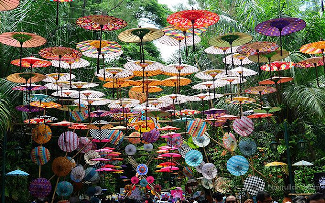 Festival Payung Indonesia di Taman Balekambang, Solo