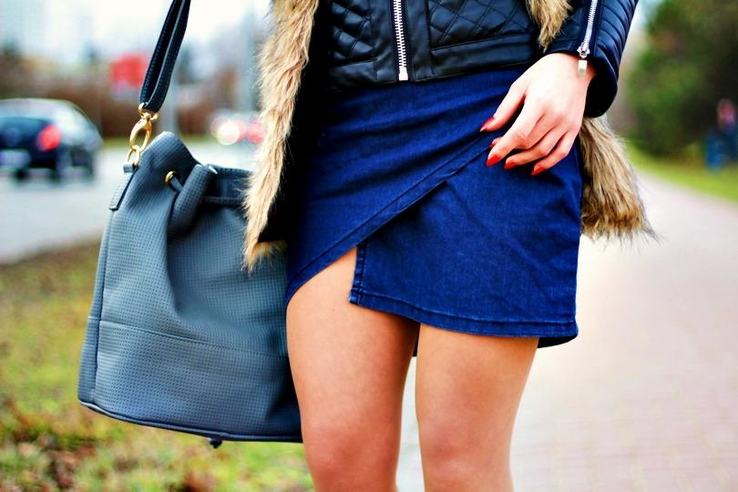jeans spódnica kurtka ramoneska skórzana futerko faux vest kamizelka szara torebka