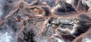 dragon claws sand,abstract landscapes of deserts of Africa,Abstract Naturalism,abstract photography deserts of Africa from the air,abstract surrealism,mirage in desert,fantasy forms in desert