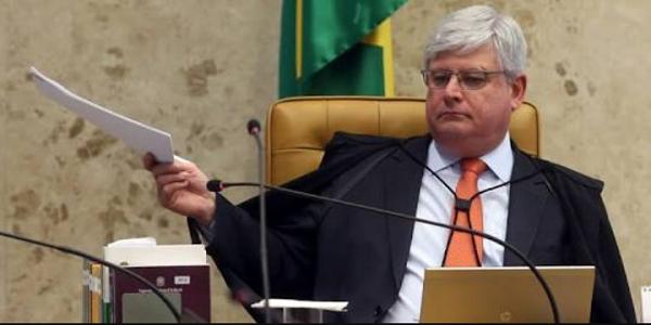 Rodrigo Jonat libera lista dos políticos envolvidos na Operação Lava Jato