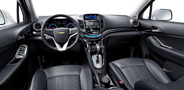 GM VN OrlandoMY15 Interior Fulldashboard 648x316 - Xe 7 chỗ cho gia đình dưới 1 tỷ : Chevrolet Orlando, Kia Rodon hay Toyota Innova ? - Muaxegiatot.vn