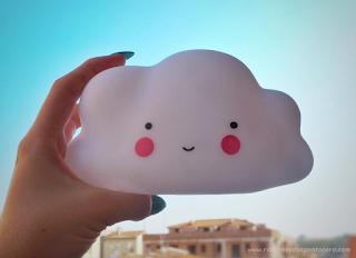 La habitación de Aurélie: Luz quitamiedos nube