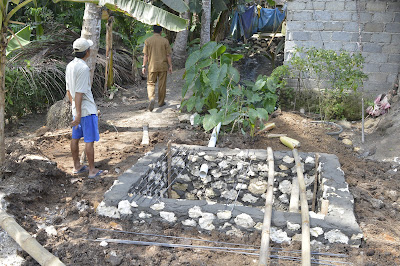 Proses Pembuatan Jamban (Jambanisasi) dalam menanggulangi BABS