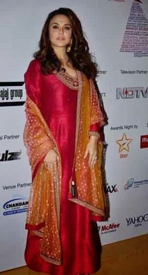 Preity Zinta & Huma Qureshi at 16th Mumbai Film Festival