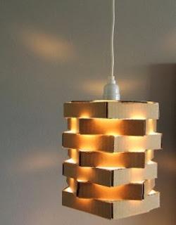lampara-reciclando-cajas-cartón