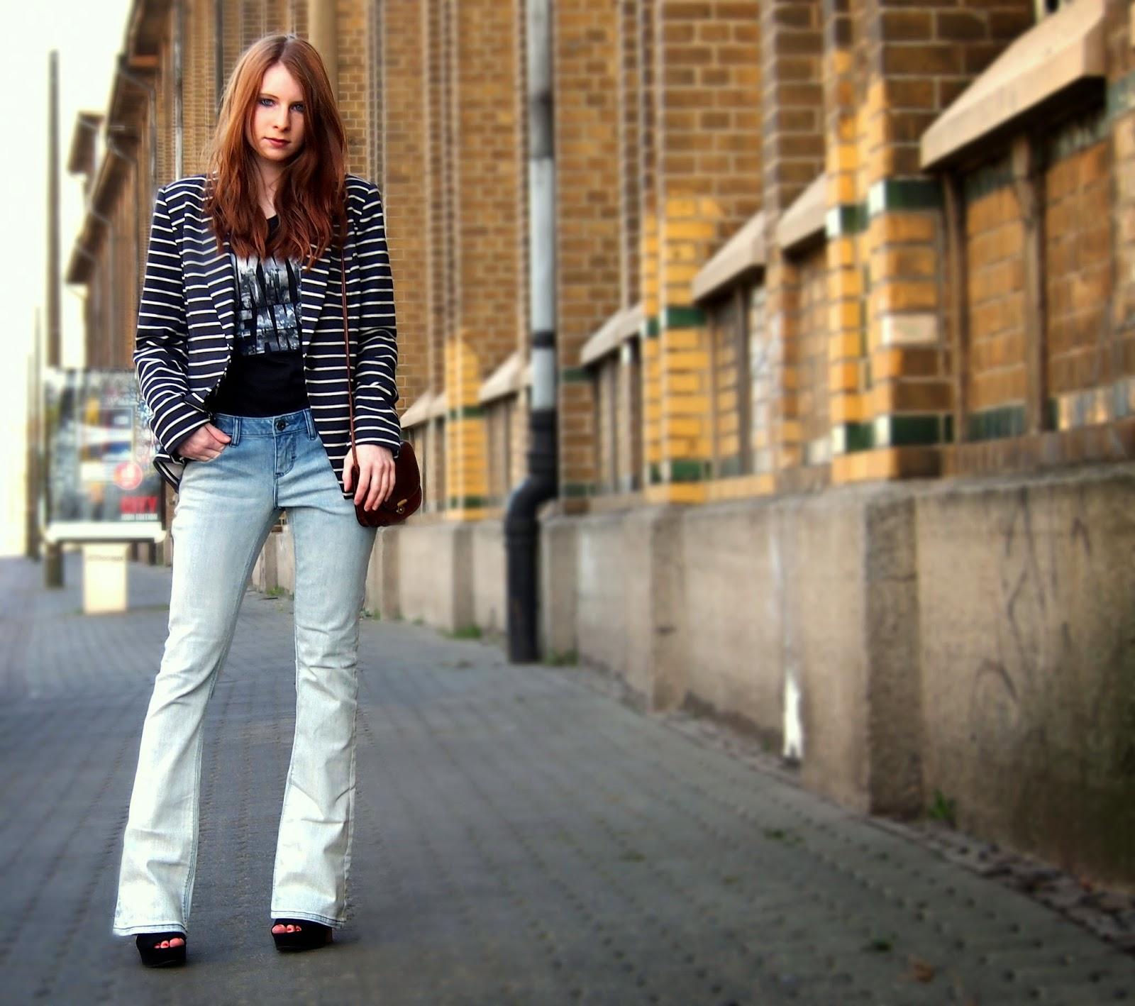 Flared Jeans - der Schlaghosen Trend 2015 - Hose von DKNY Jeans