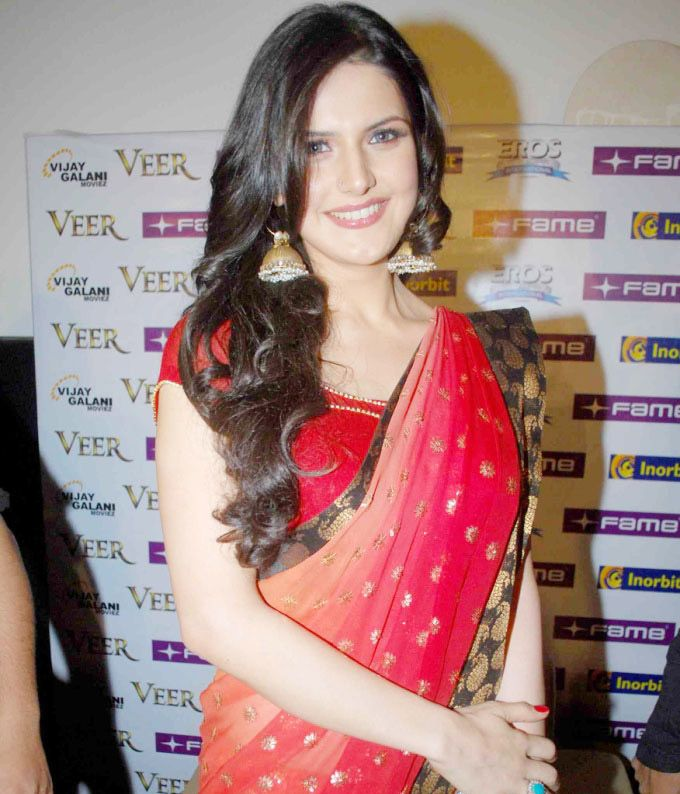 AKSAR 2 & Hate Story 3 actress Zarine Khan HD Photos, Wallpapers