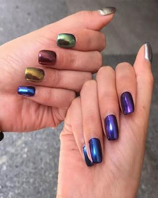 diseño de uñas de colores espejo juveniles de moda tumblr