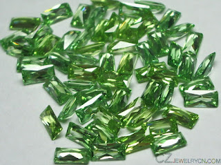 Cubic-Zirconia-Emerald-Green-Color-Baguette-stones-China-Wholesale