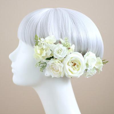 ピュアローズの髪飾り(白)-ウェディングブーケと花髪飾りairaka