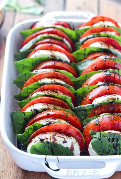 Tomato Mozzarella Salad with Balsamic Reduction