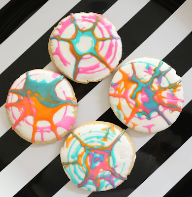 http://kailochic.blogspot.com/2015/07/make-it-spin-art-sugar-cookies.html