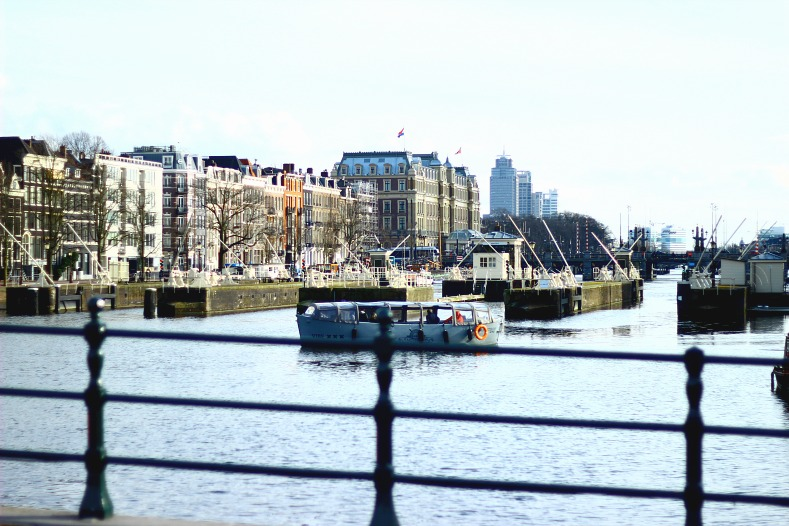 Amsterdam, amstel river