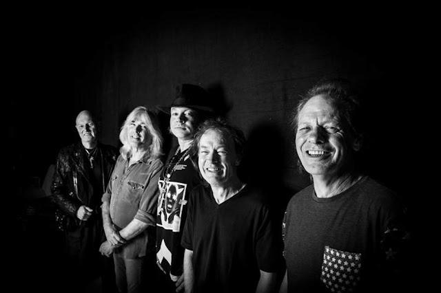 AC/DC con Axl Rose