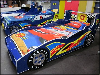 single kids racing car bed