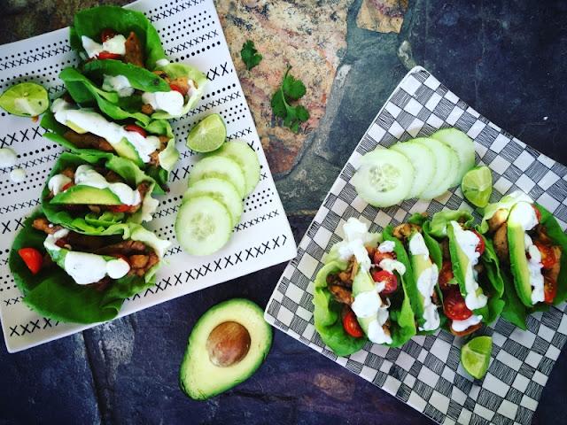 Tacos de lechuga con pollo cajún y aderezo ranch casero