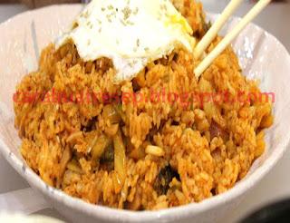 Foto Resep Bokkeumbap aka Nasi Goreng Kimchi Sederhana Spesial Asli Enak Khas Korea