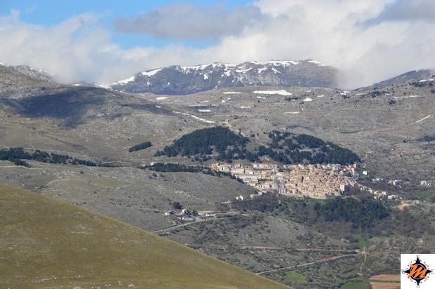 Vista su Ofena da Rocca Calascio