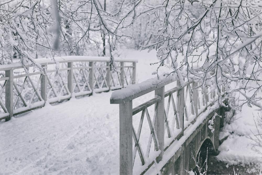 talvi, luonto, winter, winterwonderlans, lumi, snow, scandinavia, stillmoments, nature, naturephotography, luontovalokuva, Visualaddict, valokuvaaja, Frida Steiner, silta, bridge