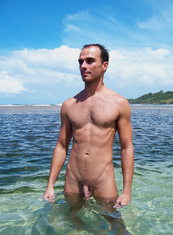Menfoto: Nude Beach Men