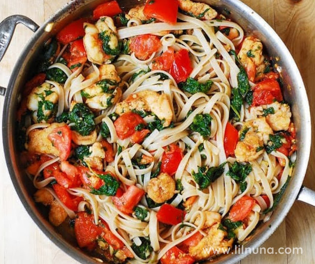 PASTA SPINACH TOMATO SHRIMP GARLIC BUTTER SAUCE